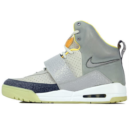 NIKE Air Yeezy(エアイージー)  初代コラボモデル ZEN GREY/LIGHT CHARCOAL