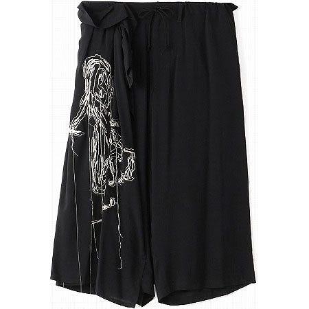 BLACK Scandal Yohji Yamamoto(ブラックスキャンダル ヨウジヤマモト) 「シルエット」刺繍ギャザースカートパンツ