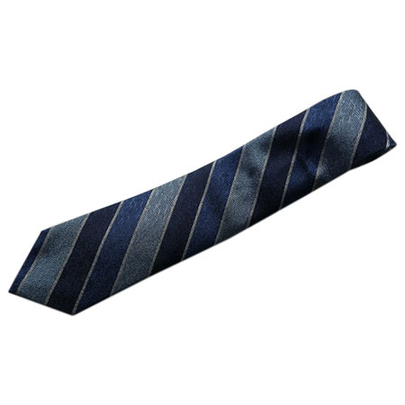 ANGELO FUSCO(アンジェロ・フスコ) NAVY×ブルー×ライトブルーのシャンタン織風ストライプ柄セッテピエゲネクタイ大剣幅8.5cm